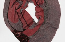 ALoh-red-scarf-wide-circle170224-3558-copy